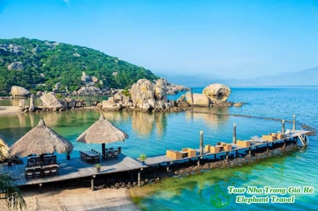 resort sao biển - tour bình hưng hang rái 1 ngày
